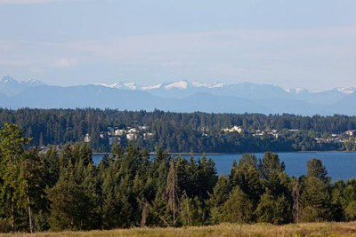 Spectacular Ocean and Mountain Views at the Ridge in Courtenay on Vancouver Island